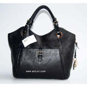 Dior 2935 black leather handbag